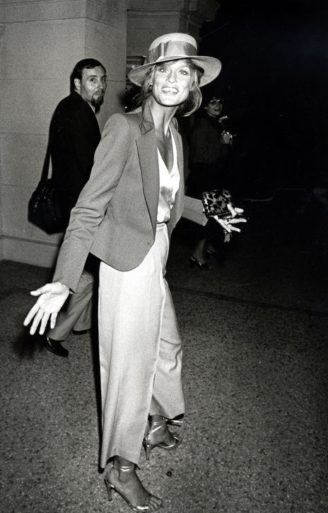 vintage-wide-leg-trousers-lauren-hutton-getty-images